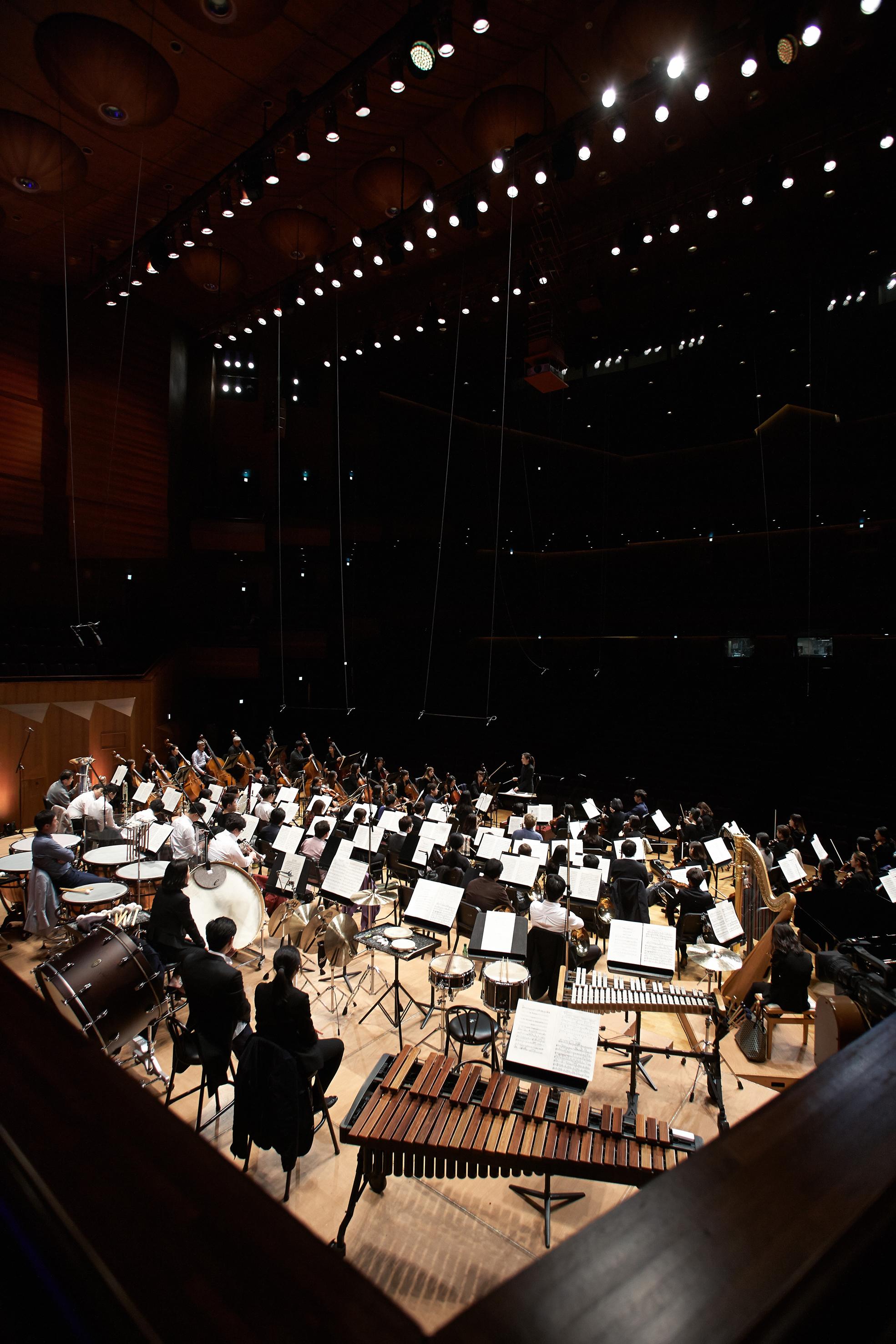20150404 Cr sympony Gyeonggi Philharmonic 05.jpg